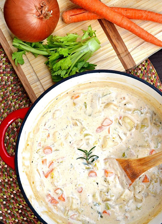 Try this lower fat vegetarian Gluten Free Creamy Potato and Veggie Chowder for a quick and easy one pot meal that is ready in less than 30 minutes. It's a weeknight winner dinner!